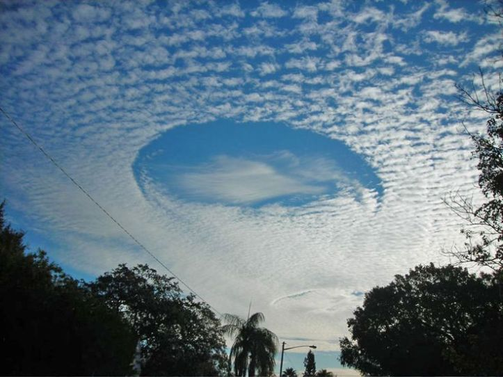 0da81e64e1ba0316b3257085a0a9bec1--cirrus-cloud-hole-punch.jpg